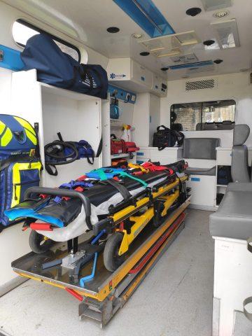 Intérieur de l'ambulance